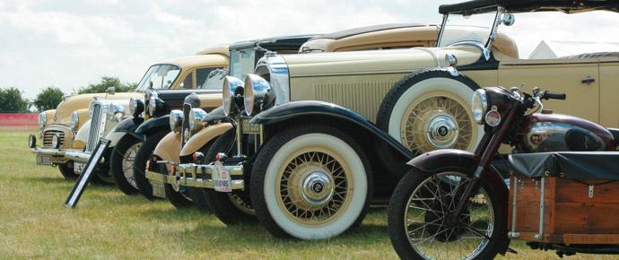 12 12 Classic Cars